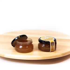 Svarainių ir obuolių džemas su imbieru, cinamonu bei gvazdikėliais mėlynojo pelėsio sūriams